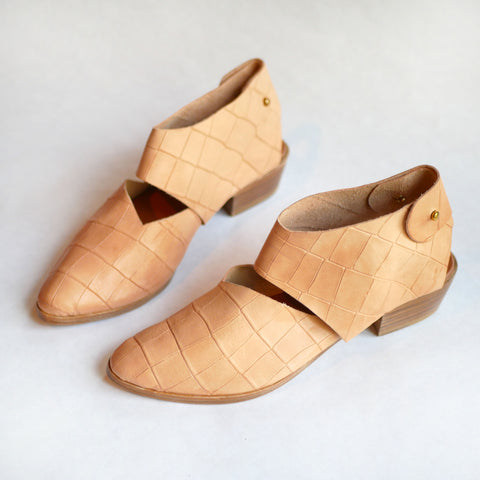 Ready Made: Size 38. The Chiara. Undyed Croc Embossed. 2cm