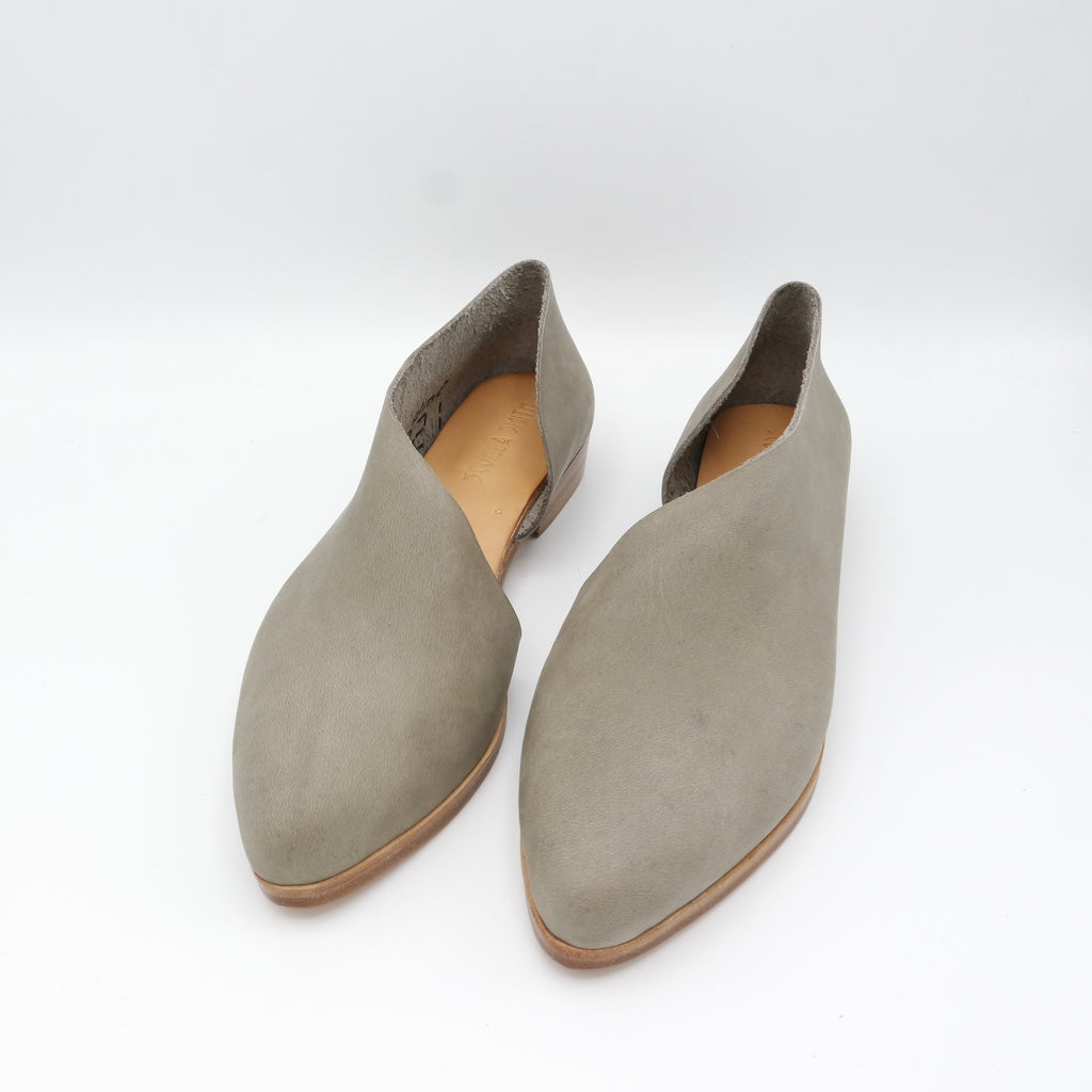 READY MADE: SIZE 38. The Sandy. Oregon Stone.