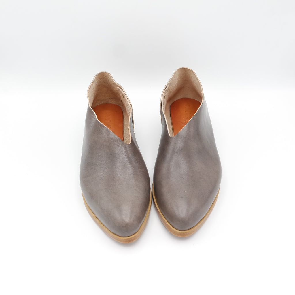 The Audrey.  Tamponato Grey