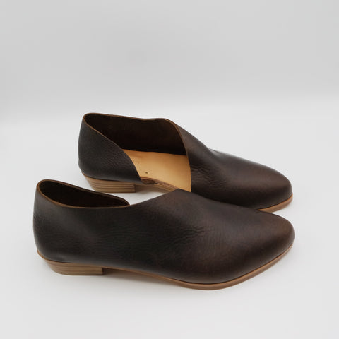 READY MADE: SIZE 37. The Sandy. Raider Dark Brown.