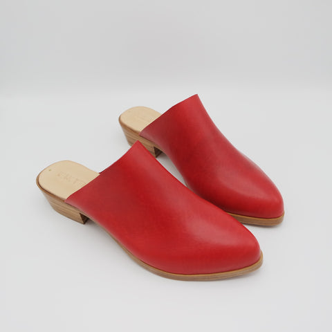 The Liz. June Red. 3cm.