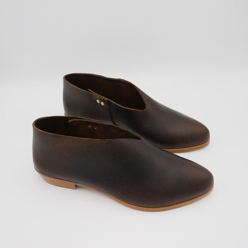 The Audrey.  Raider Dark Brown.
