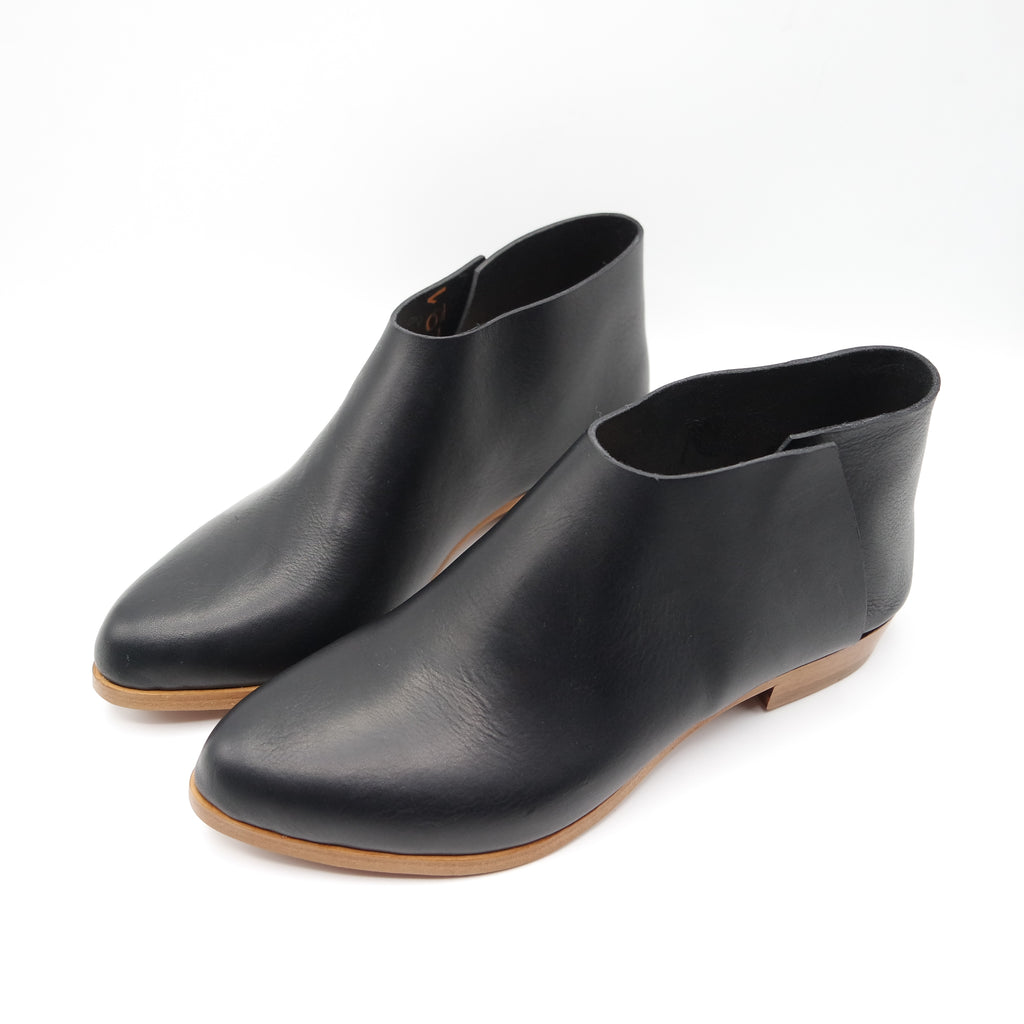 READY MADE: SIZE 39. The Terilyn. Brasil Nero. 2cm