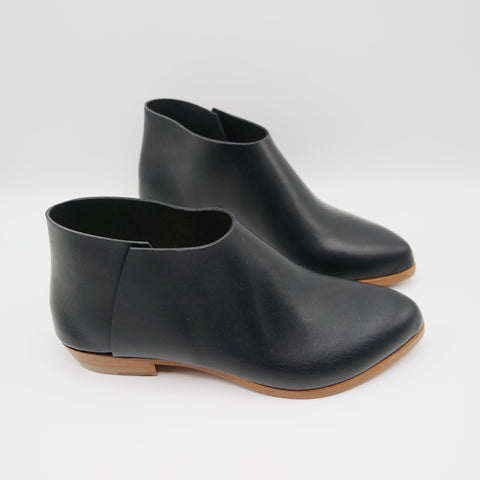 READY MADE: SIZE 37. The Terilyn. Brasil Nero. 2cm