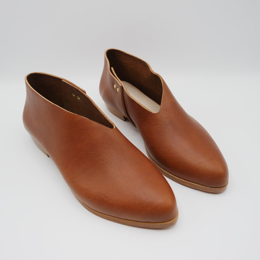 READY MADE: SIZE 40. The Audrey.  Volonato Cuoio.