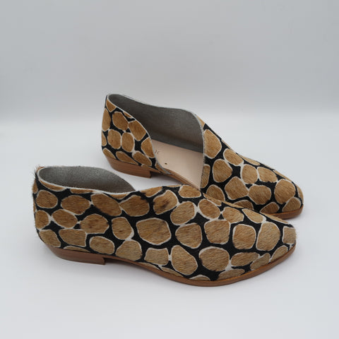 READY MADE: SIZE 38. The Sandy. Giraffe Hair On