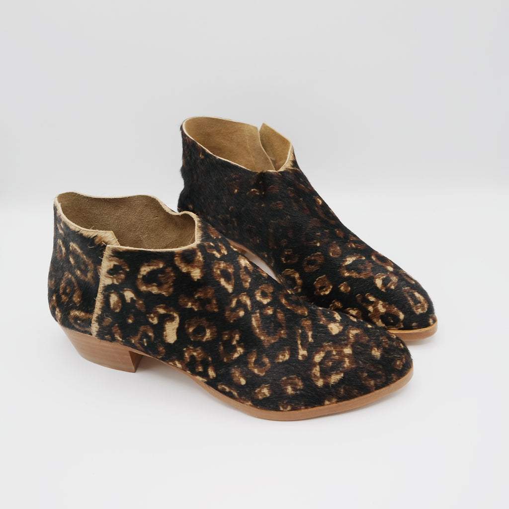 READY MADE: SIZE 38. The Terilyn. Black Leopard Hair On. 3cm