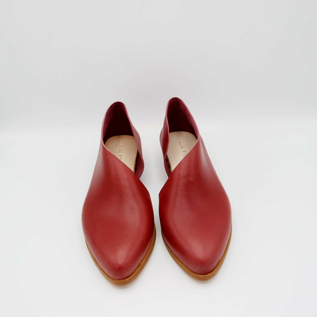 READY MADE: SIZE 39. The Sandy. Maine Pomerol