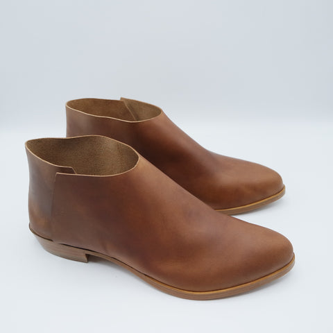 READY MADE: SIZE 39. The Terilyn. Napa Cuoio Gloveskin. 2cm.