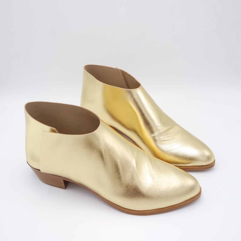 READY MADE: SIZE 38. The Terilyn. Classic Gold. 3cm