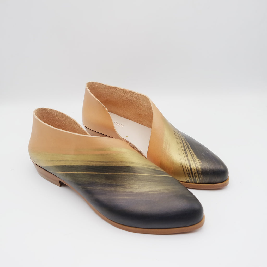READY MADE: SIZE 38. The Sandy. Troncato Undyed with Black/Gold Brush Stroke