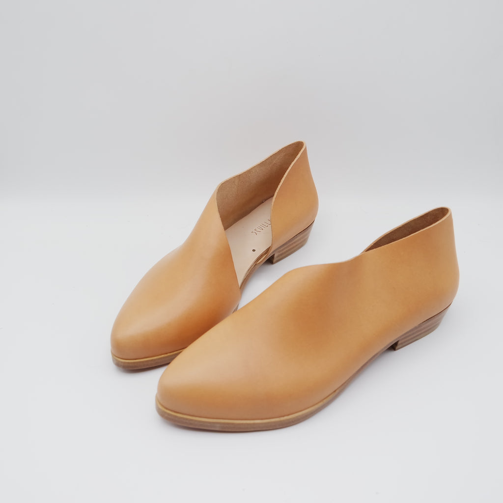 READY MADE: SIZE 37. The Sandy. Troncato Undyed