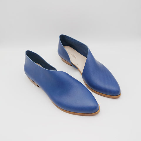 PREORDER:  The Sandy. Troncato Navy.