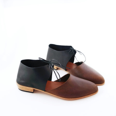 The Javian. Waxy Antique Brown and Black. 2cm