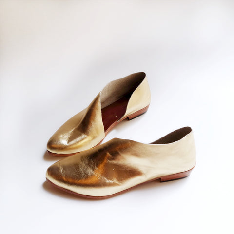 READY MADE: SIZE 40 WIDE. The Sandy. Classic Gold