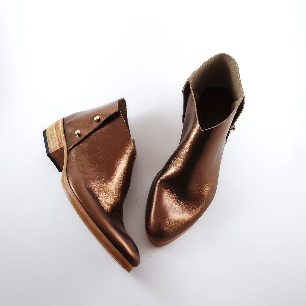 READY MADE: SIZE 37. The Danthu. Bronze. 3cm