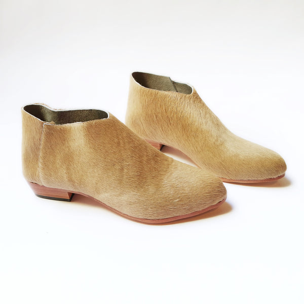 The Terilyn. Pale Camel Hair On. 2cm
