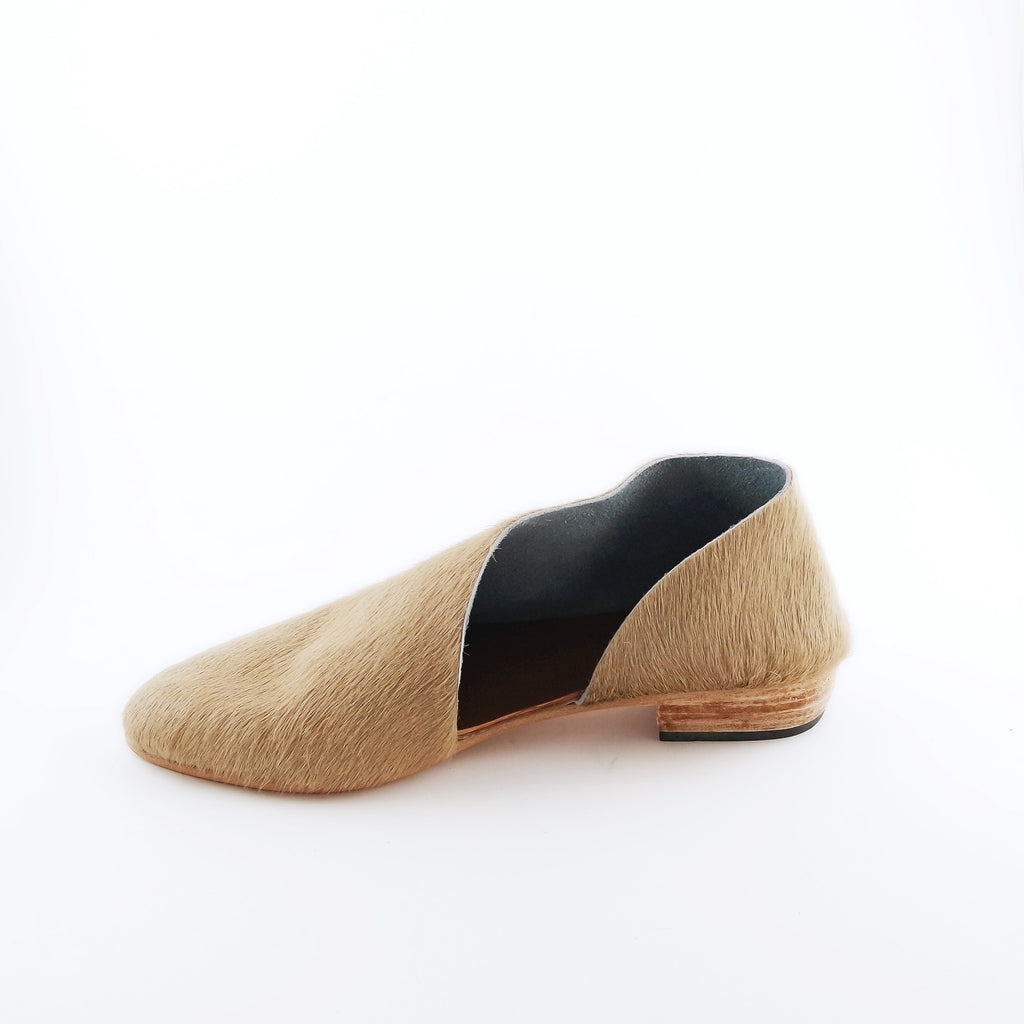 The Sandy. Pale Camel Hair On