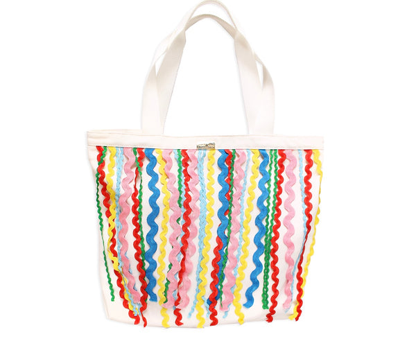 packed party making waves tote