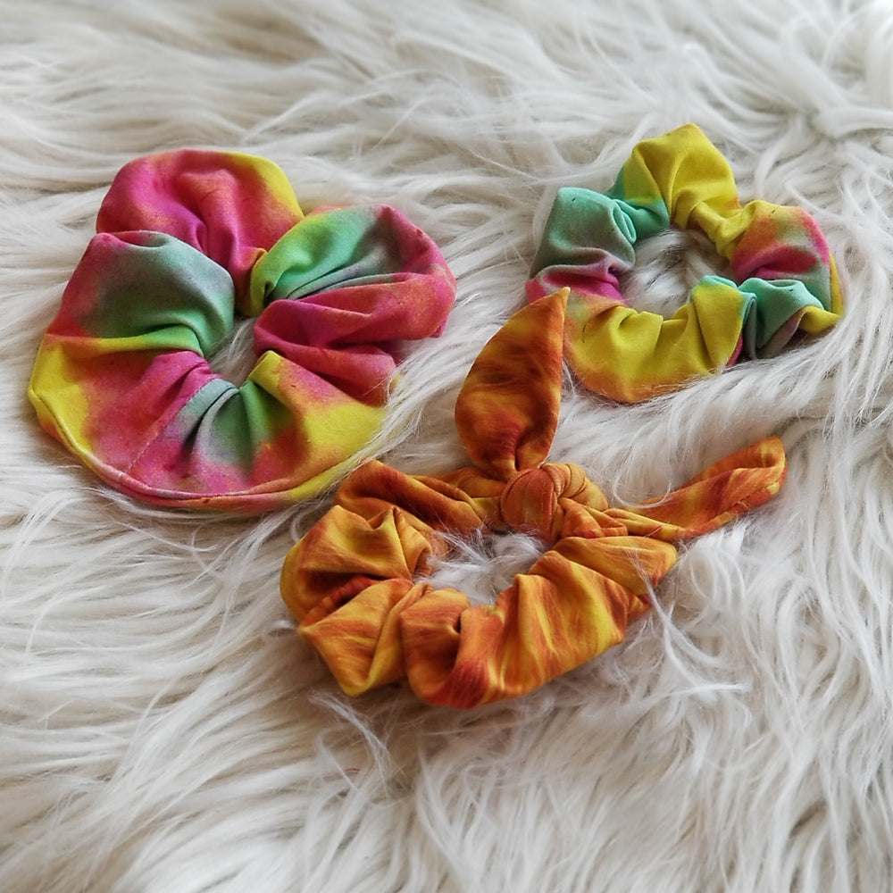 Sewing up Scrunchies