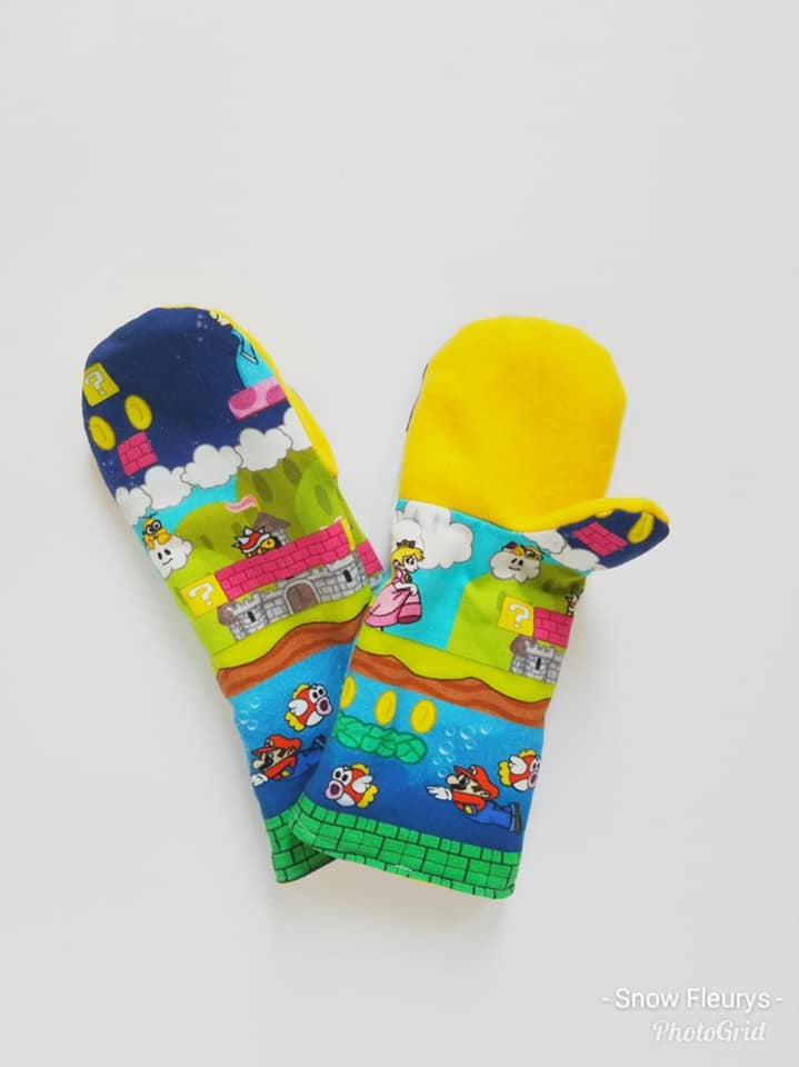 Merry Mittens Sewing Pattern PDF (Sweater Mittens or Fleece Mittens) **Projector/A0 Friendly**
