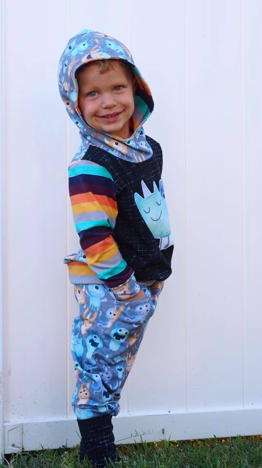 THE Hoodie -Grow with Me Hoodie- PDF SEWING PATTERN **Projector/A0 Friendly**