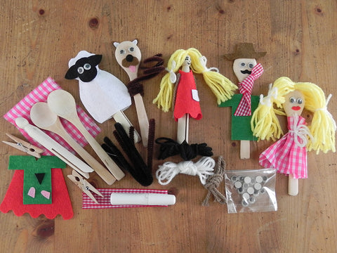Gift in a Tin - Peg and Spoon Puppet Kit