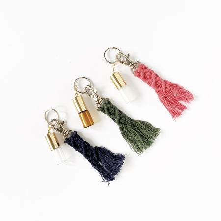 Macramé keychain with 3 ml Roller Bottle