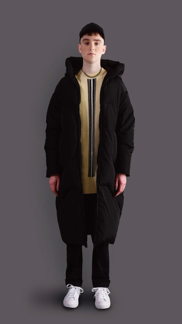 O - CHARCOAL BLACK LONG GOOSE DOWN JACKET