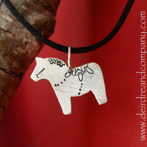 Dala Horse Necklace in Pewter