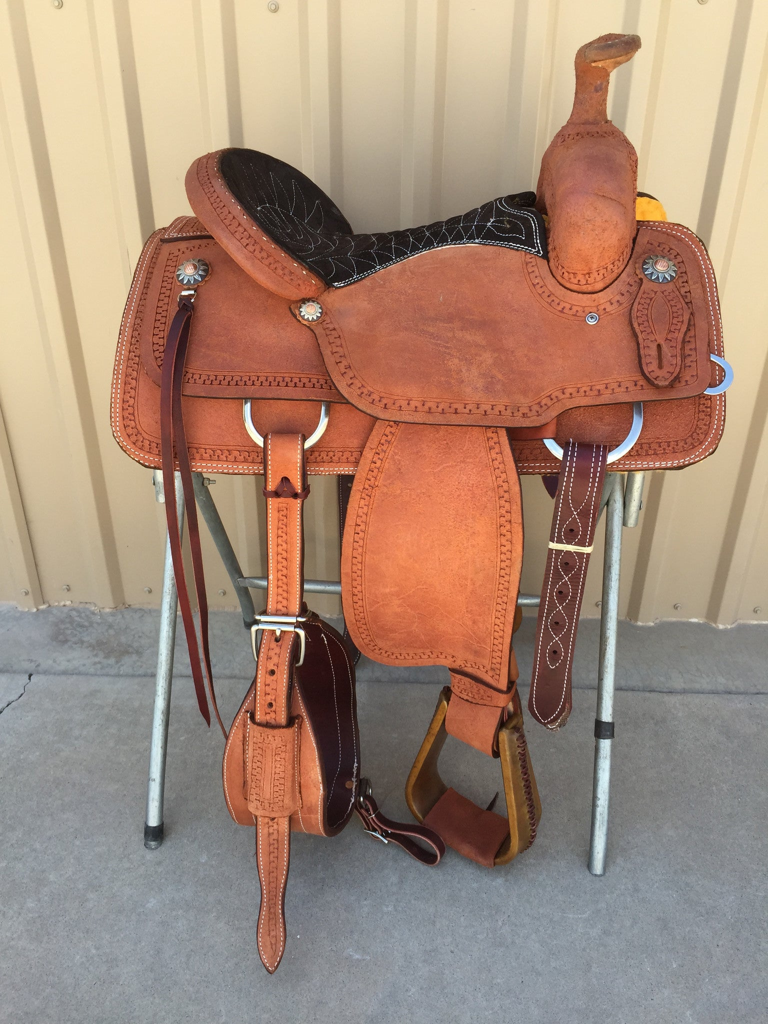 Corriente Team Roping Saddle SB120 - The Sale Barn - 1
