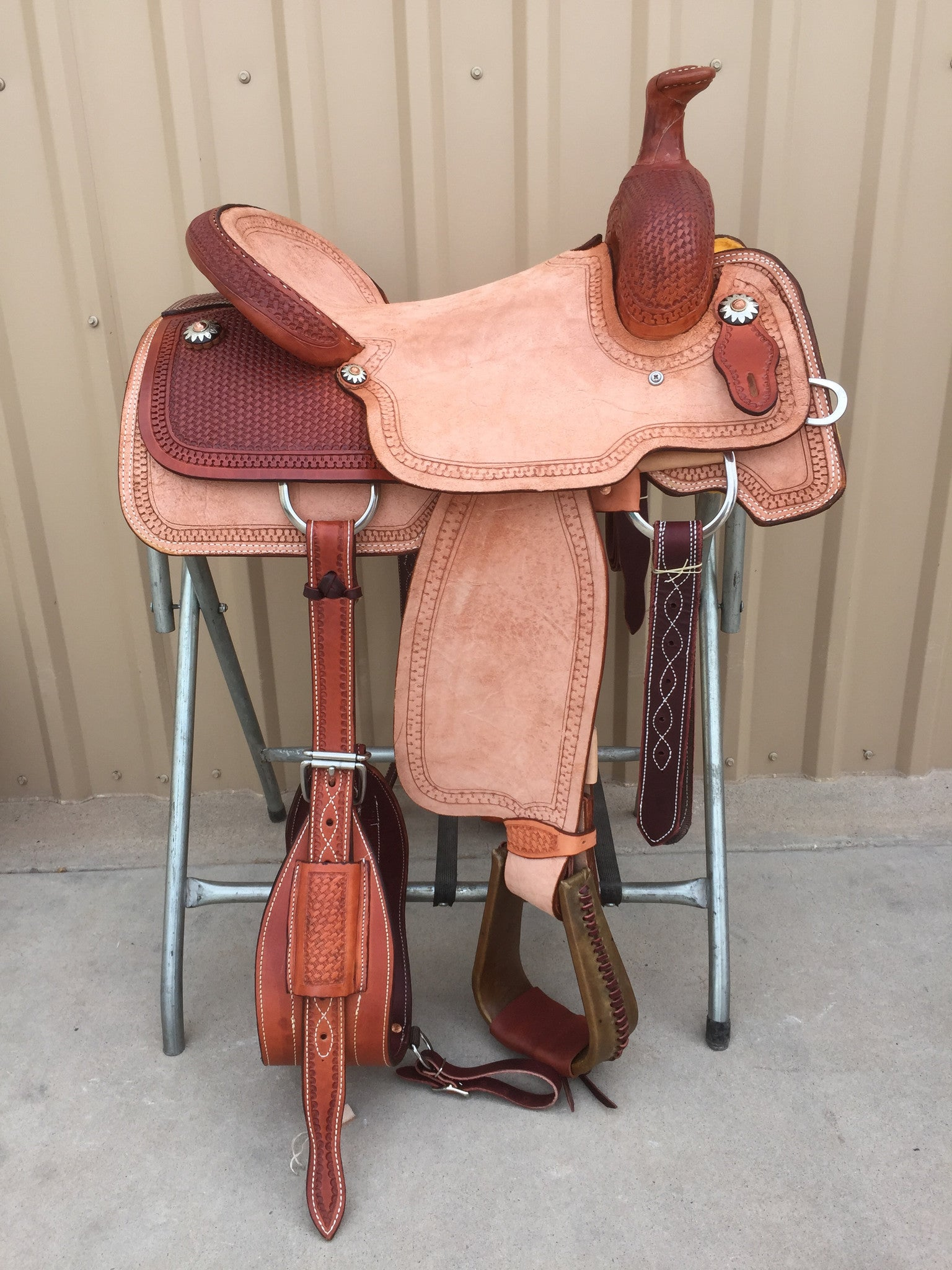 Corriente Team Roping Saddle SB132 - The Sale Barn - 1