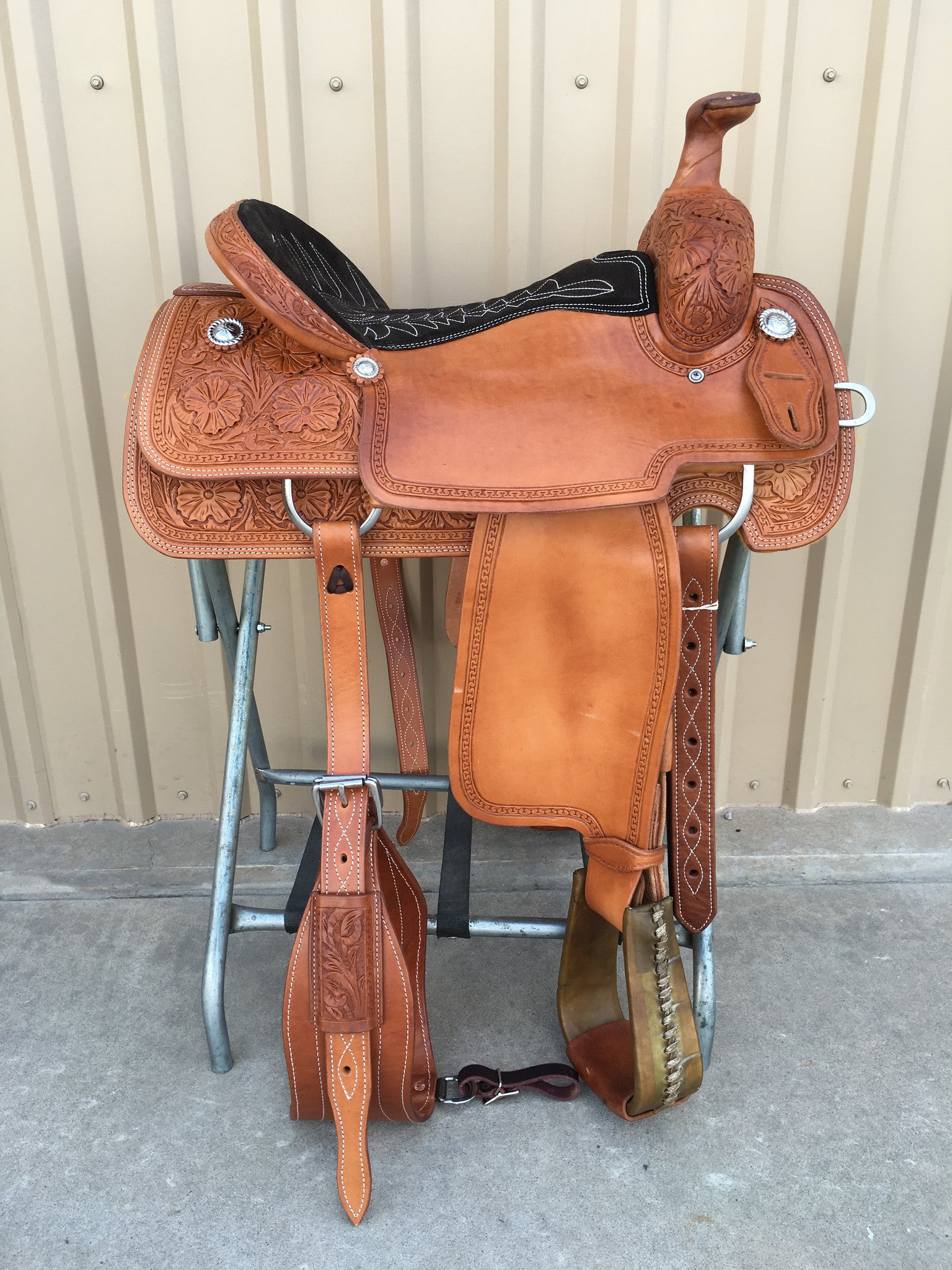 Corriente Team Roping Saddle SB121 - The Sale Barn - 1
