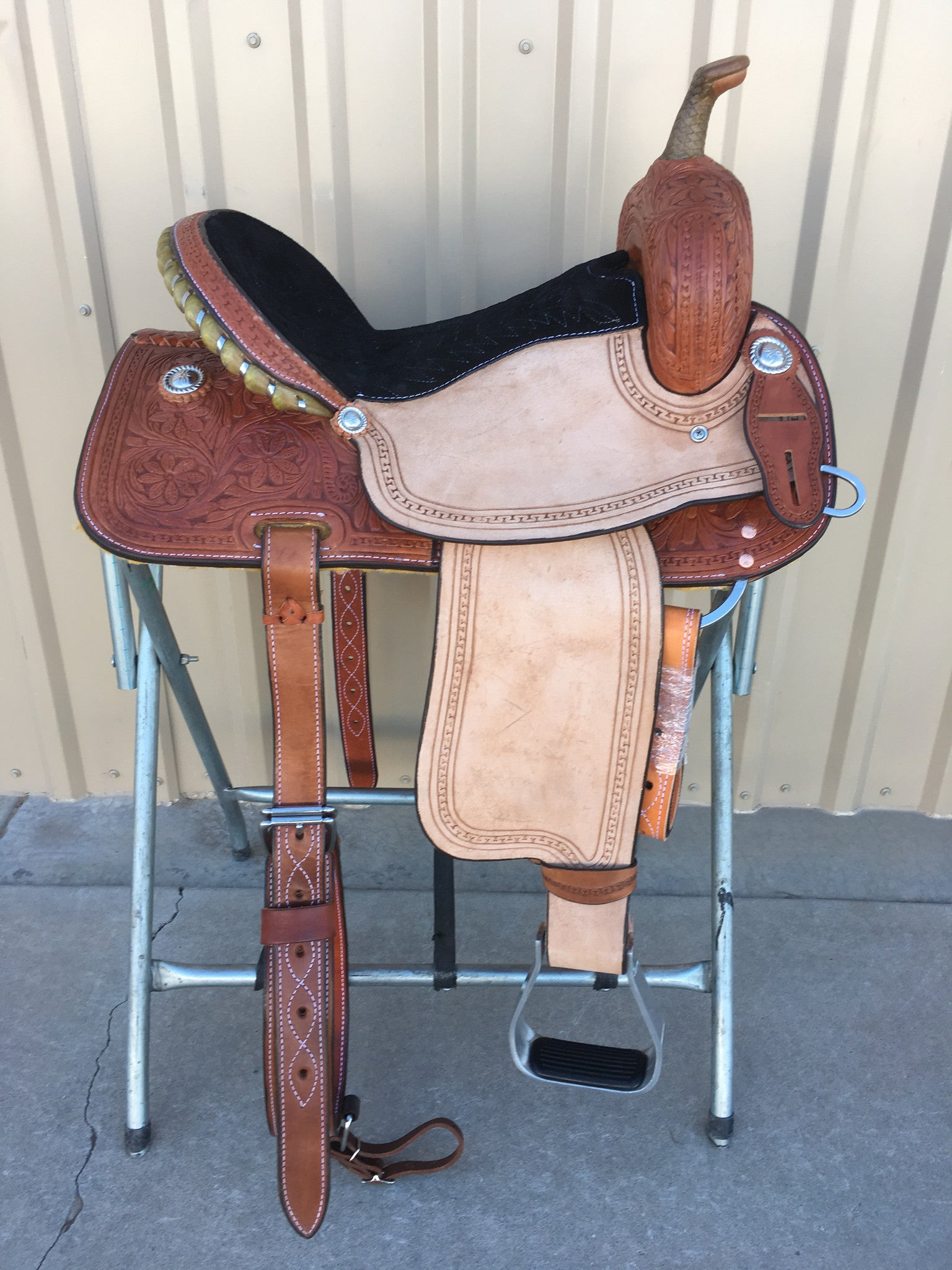 Corriente Barrel Racing Saddle SB522 - The Sale Barn - 1