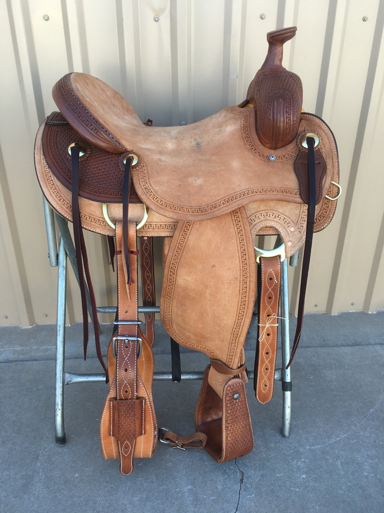 Corriente Ranch Will James Association Saddle SB367 - The Sale Barn - 1