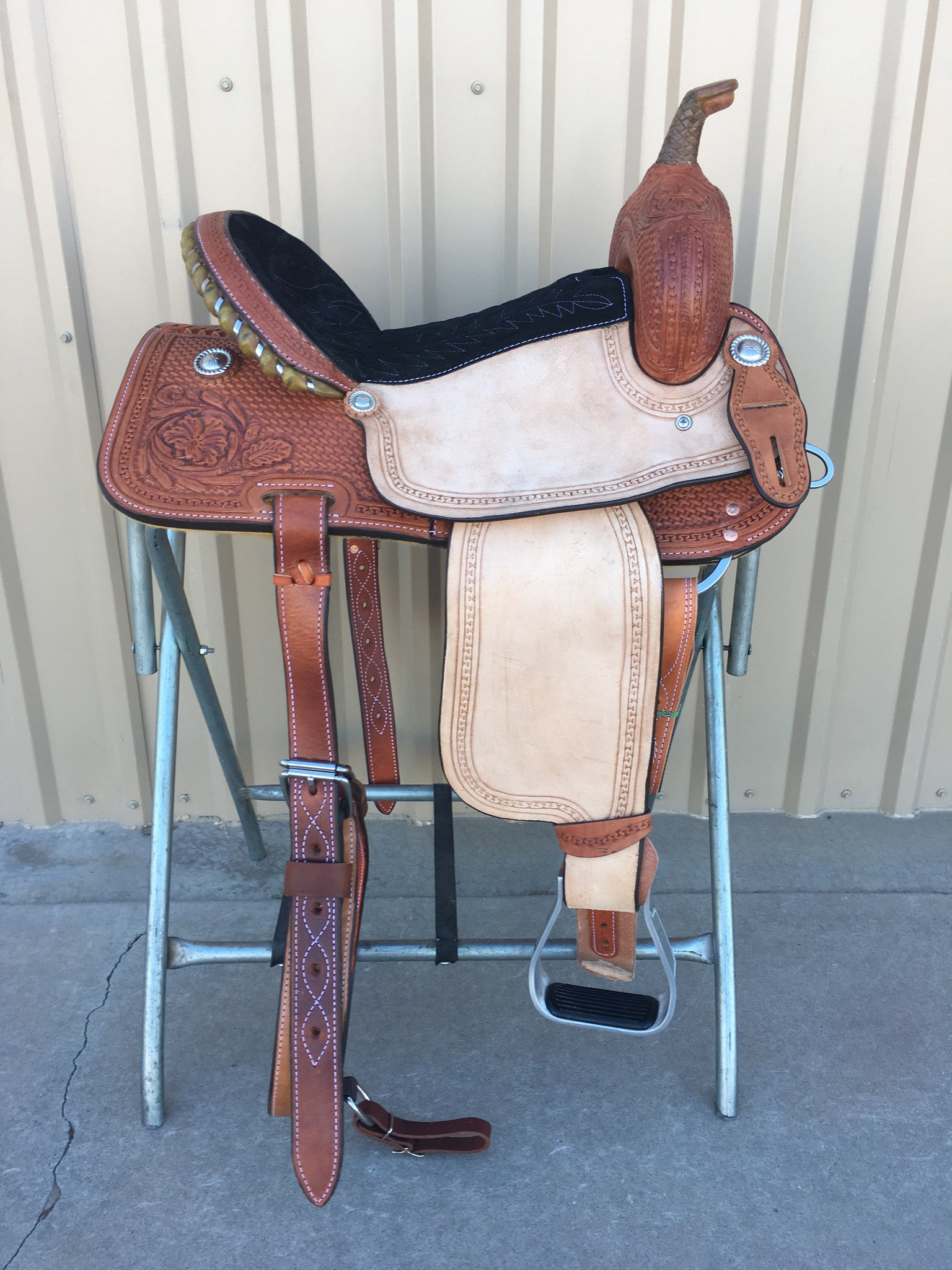 Corriente Barrel Racing Saddle SB506A - The Sale Barn - 1