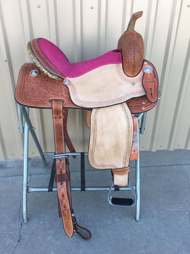Corriente Barrel Racing Saddle SB514A