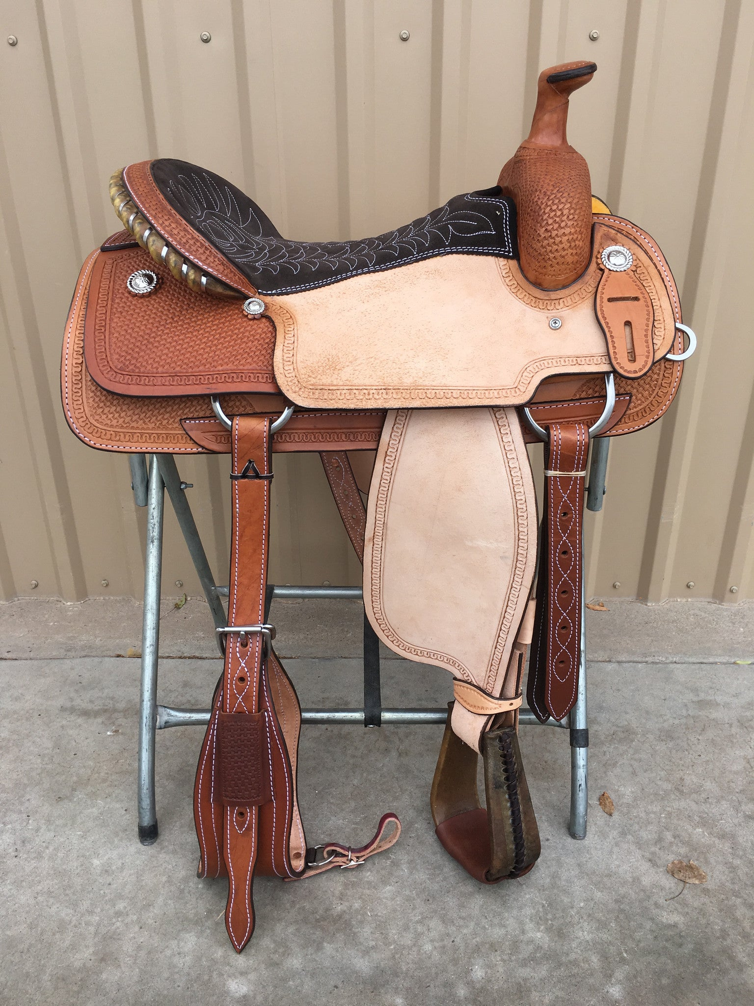 Corriente Team Roping Saddle SB126A - The Sale Barn - 1