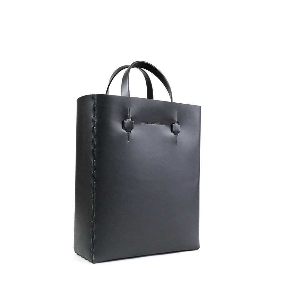 finger-joint-demark-award-2016-leather-tote-bag