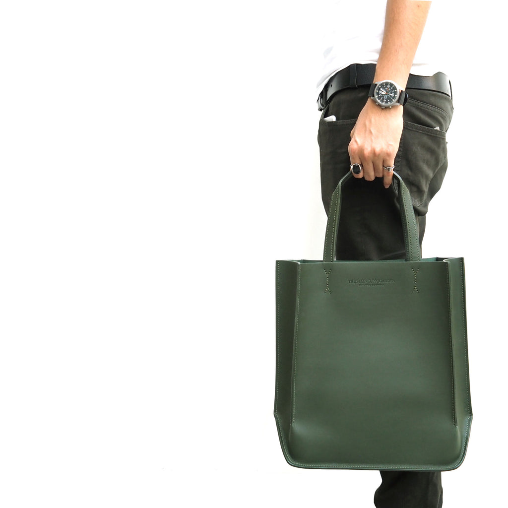 mid-canal-sleeveless-garden-leather-tote-bag