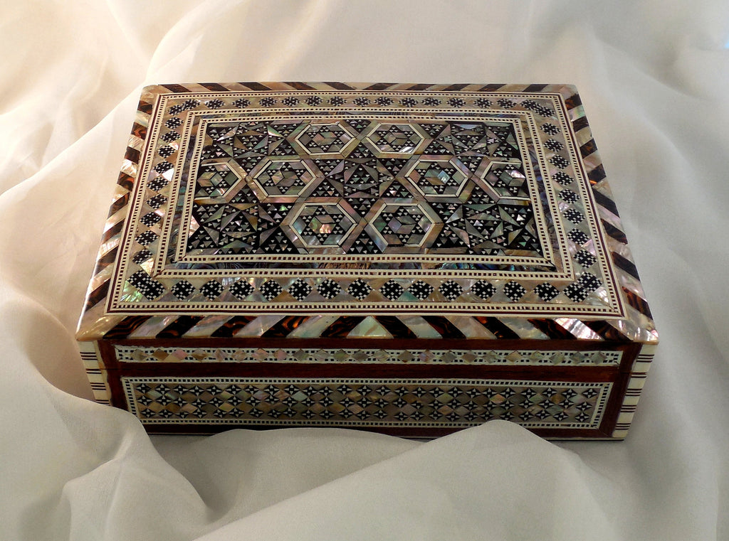 Majestic Nights | Handmade Egyptian Mother of Pearl Jewelry Box Main Arkan Gallery