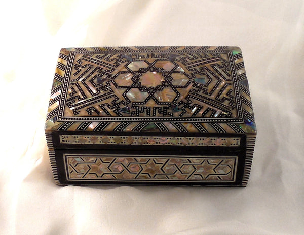 Arabian Nights | Handmade Egyptian Mother of Pearl Jewelry Box