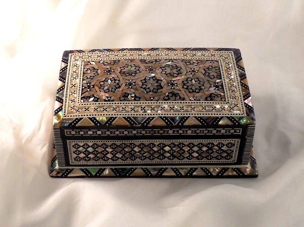 Sensational Granada II | Handmade Egyptian Mother of Pearl Jewelry Box