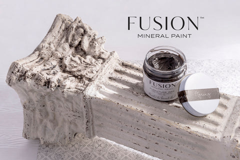 Fusion Mineral Paint Coloured Wax Espresso antiquing black white liming and metallic wax
