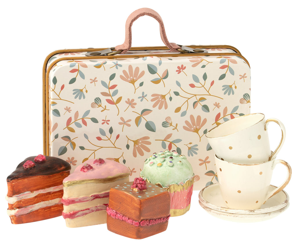 Cake and Tea Cup Set in a Suitcase