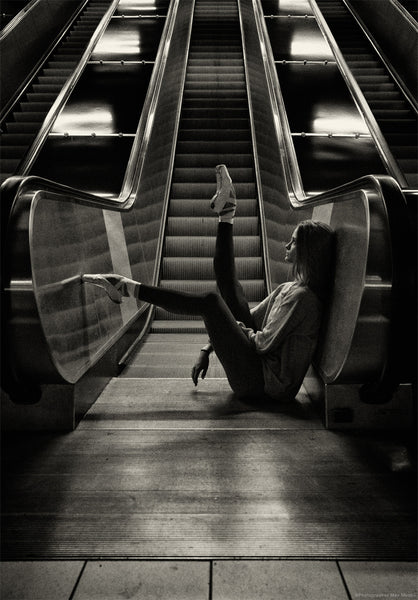 Max Moden : Ballerina in Stockholm city Subway Nr.9 , Photography - Max Moden, alimitlessworld