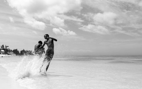 Bahamian Tales: Beach boys , Photography - Alessandro Sarno, alimitlessworld