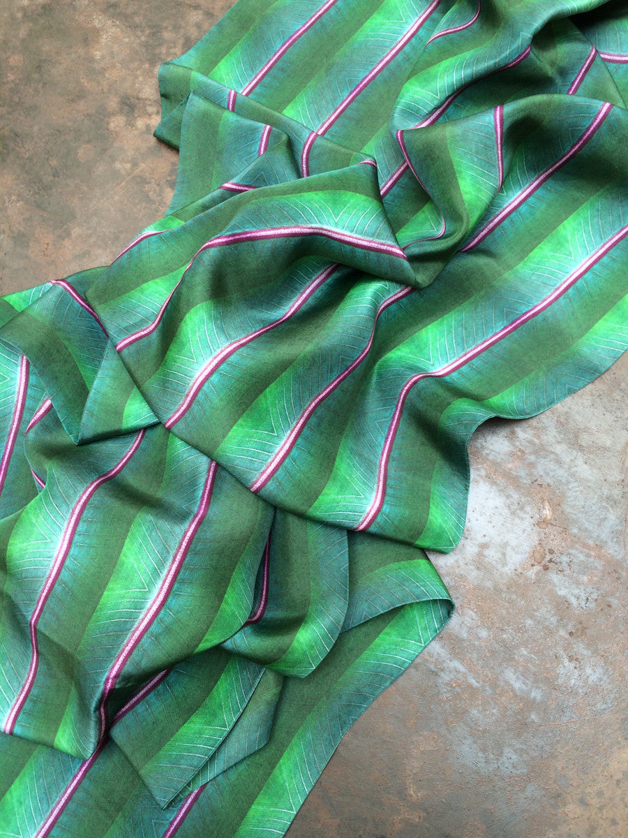Silk Wrap: Purple Line Leaf
