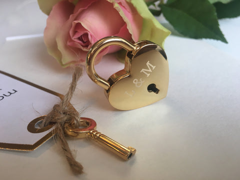 Personalised Initials Heart Lovelock Keyring
