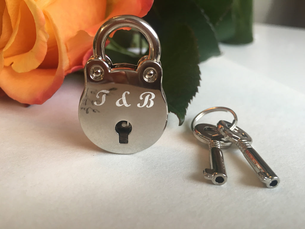 Personalised Initials Handcuff Lovelock Keyring
